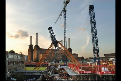 The register would aim to put an end to incidents like 2006's Battersea crane crash